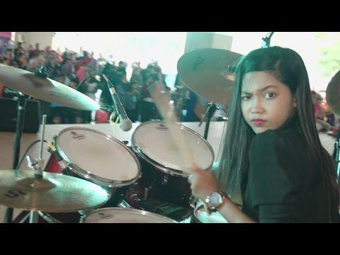 Bon Jovi – It's My Life LIVE  Drum Cover by Nur Amira Syahira (SOUQ)