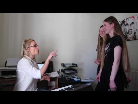 Real Singing Lesson! – Warm ups/ belting/ constriction